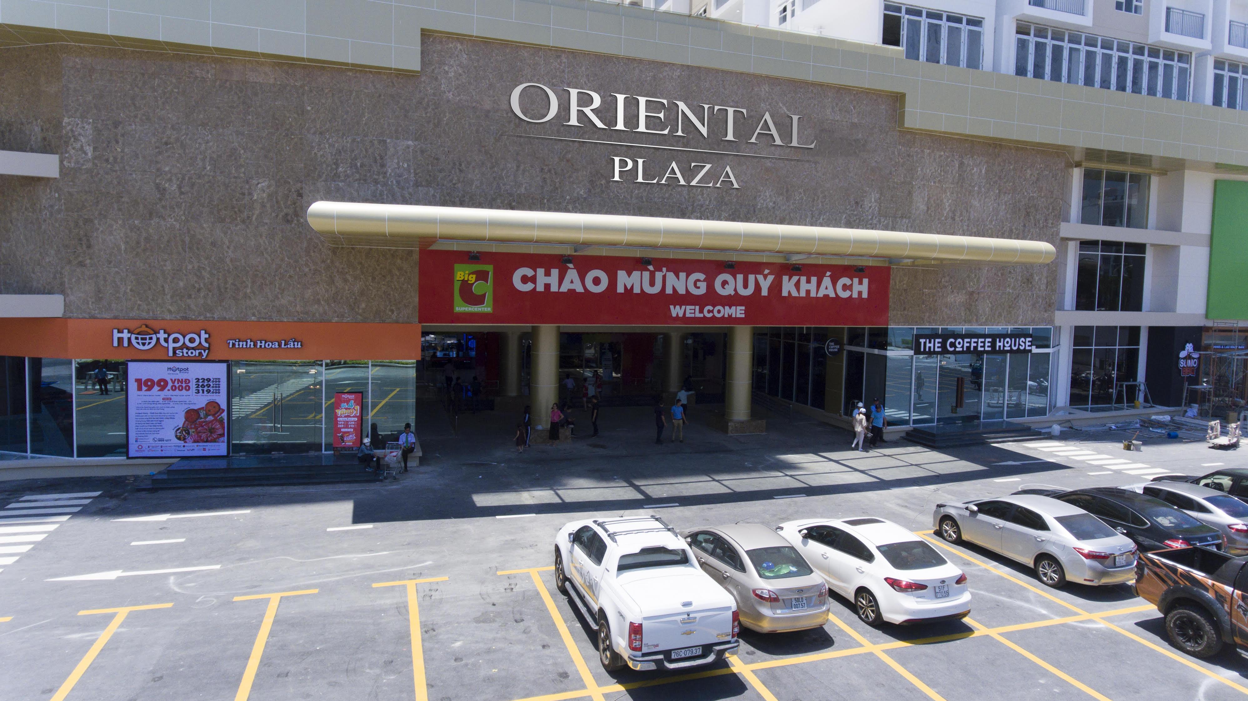 Oriental Plaza là điểm đến mua sắm, vui chơi của người dân khu vực Tân Bình, Tân Phú.